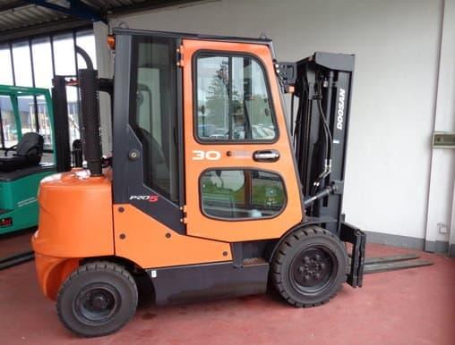 Begagnad dieseltruck 3 ton 3000 kg
