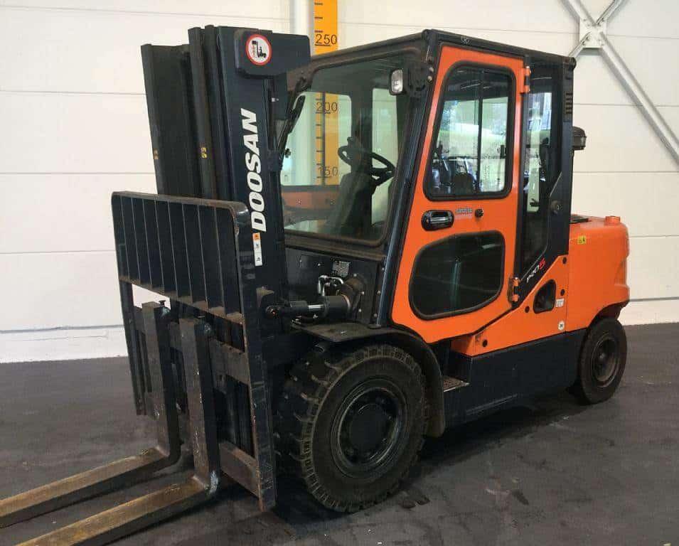 Begagnad dieseltruck 4 ton 4000 kg
